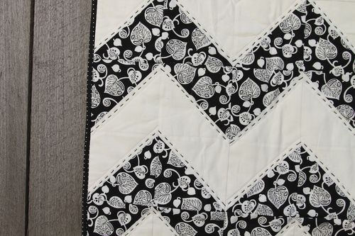 Black & White Chevron 002