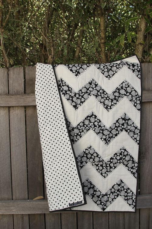 Black & White Chevron 006